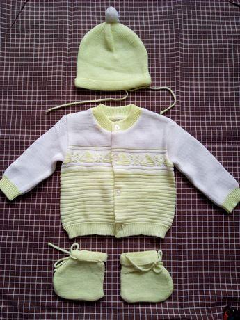 """""""Конверт"""", распашонки, костюмчик, шапочки для новорожденных"""