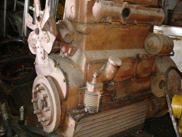 Silnik 3 cylindrowy diesel z lokomotywy