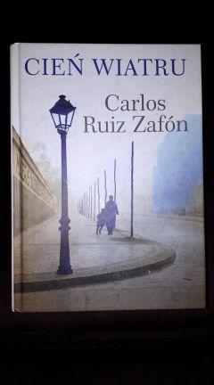 Książka Cień wiatru - Carlos Ruiz Zafon