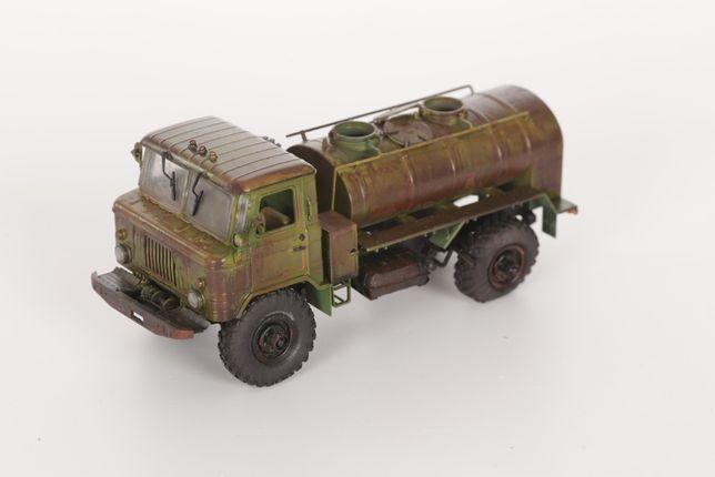 Model plastikowy: 1:35 GAZ-66 Oil Tanker