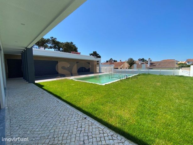 Moradia De Luxo T4   Belverde   Lote 830 m2   perto Praia...