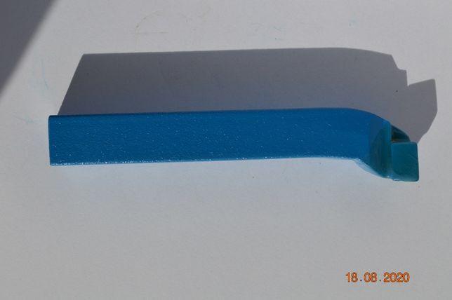 Nóż tokarski czołowy lewy NNBm ISO5L 16x16 P20 HM L110