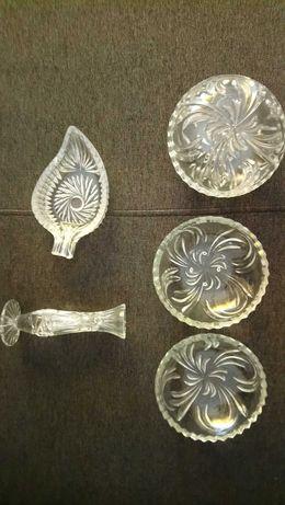 Krysztaly talerzyki 12 szt szkło rybka