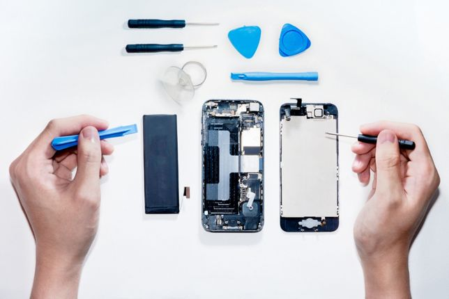 Serwis iPhone 6 6s 7 8 Plus X Xr Xs wymiana szybki wyświetlacza klapki