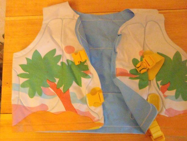 надувной жилет детский на 3-5 лет.