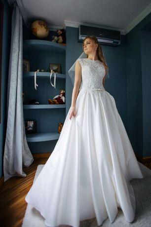 Продам весільну сукню/свадебное платье (можливий торг)