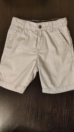 Spodenki dla chłopca w rozmiarze 104-110cm, 4-5lat