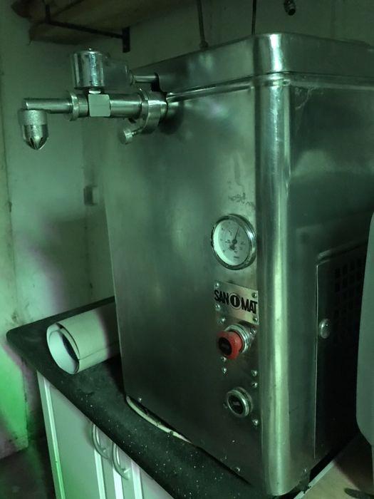 Maszyna do bitej śmietany smietaniarka automat ubijaczka Sanomat 2 Elbląg - image 1