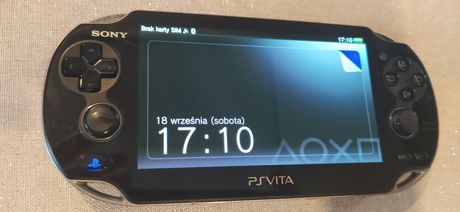 PS Vita 1104 + 2 gry