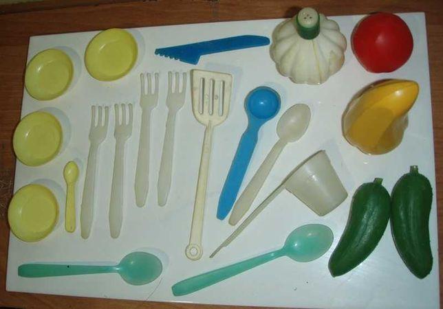 детская посуда и другие принадлежности