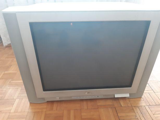 Oddam sprawny telewizor dzis