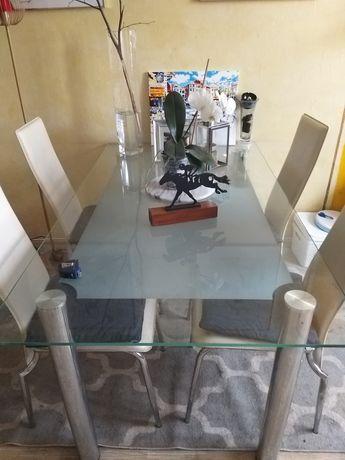 Szklany stół plus 4 krzesła