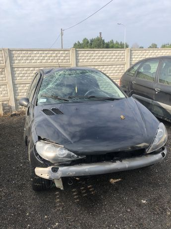 Peugeot 206 uszkodzony