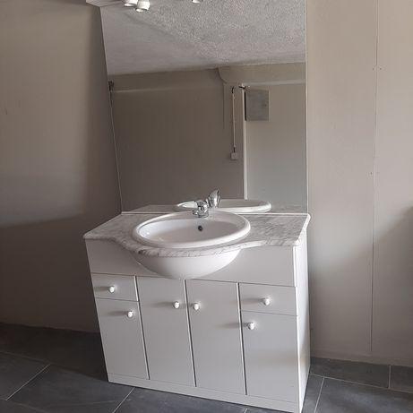 Movel wc com lavatorio e espelho