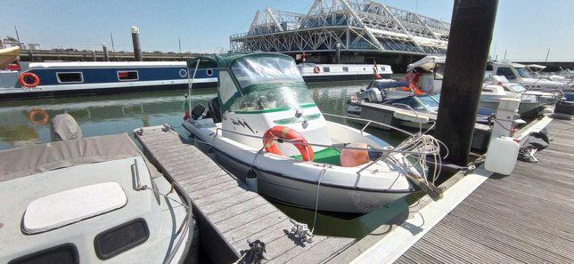 Barco de recreio Cap Ferret 550 WA