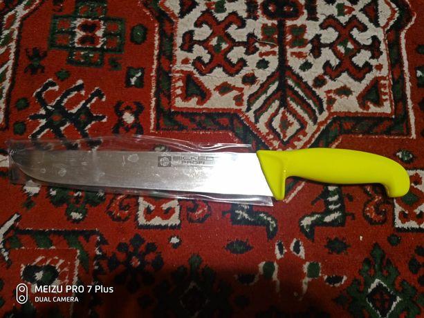 Продам нож новий