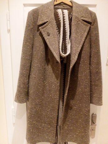 Płaszcz damski rozmiar 40 plus szal