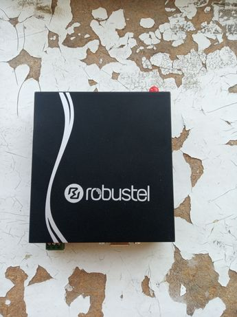 Промисловий 4g роутерrobustel r3000 l3h