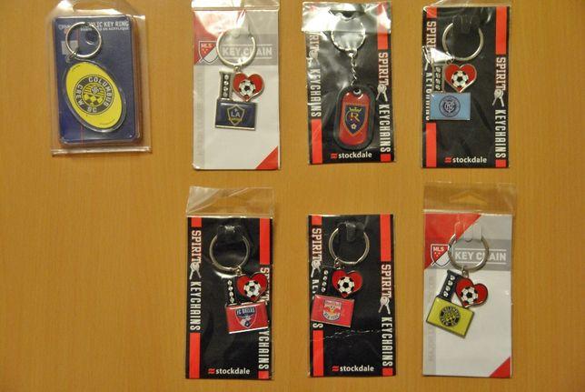 Porta-chaves de equipas de futbol dos Estados Unidos.