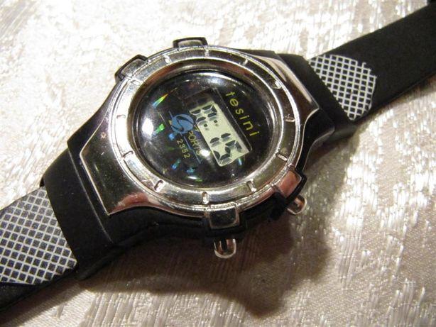 Детские часы электронные, сплошной каучуковый ремешок, новые