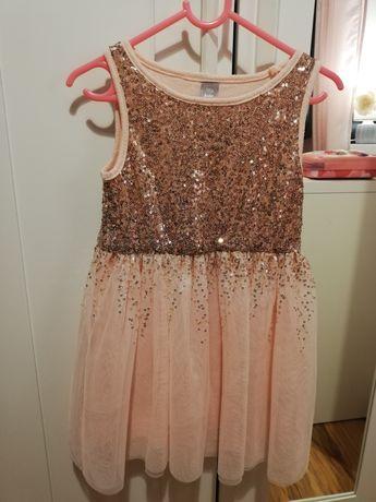 Sukienki 116 cm.