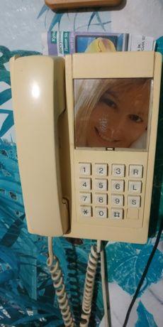 Телефон стационарный Панасоник, Британика