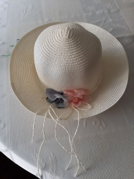 Chapéu de praia novo