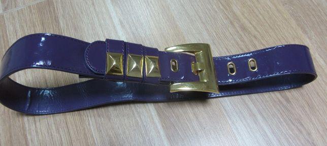 pasek filetowy ze złotymi elementami długość 103 cm
