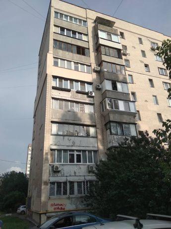 БЕЗ КОМИССИИ! Срочно продам 4-к. квартиру на Куреневке, Агрегатная, 2