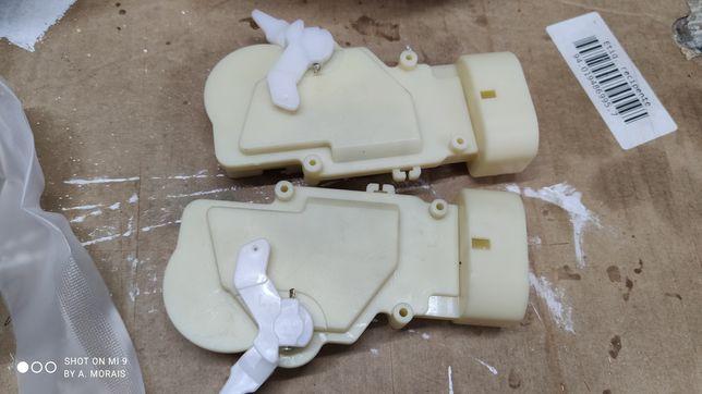 Motores de fecho central Toyota Yaris