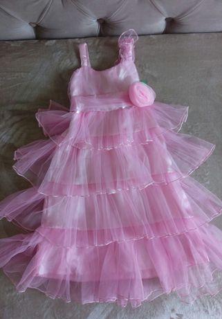 Платье нарядное на утренник, день рождения, 5-7 лет