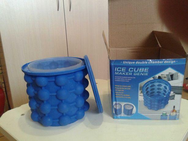 Силиконовая форма для замораживания и хранения льда Ice cube