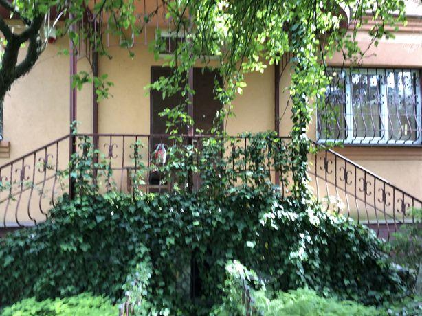 Аренда дома р-н Пущи Водицы, свой двор рядом лес, озеро .