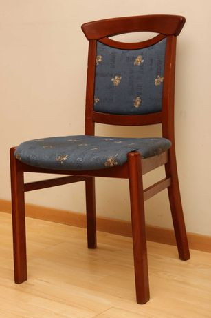 Krzesła drewniane, buk barwiony na ciemny orzech, producent Klose