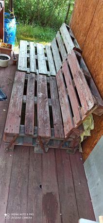 Sprzedam dwa siedziska z palet i stół