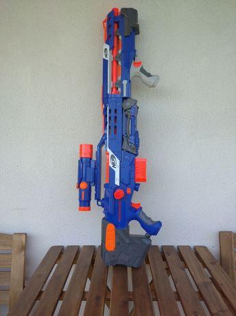 Nerf sniper com acessórios