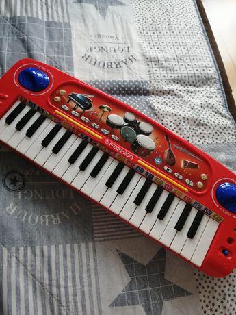 Pianino, pianinko, organki, gitara elektryczna mp3