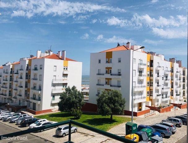 Tágides Parque T2 para arrendar em Póvoa de Santa Iria, Impecável