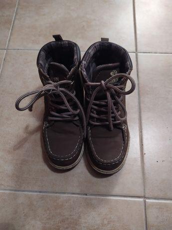 Buty chłopięce jesienne r. 32