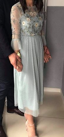 Sukienka na wesele -S