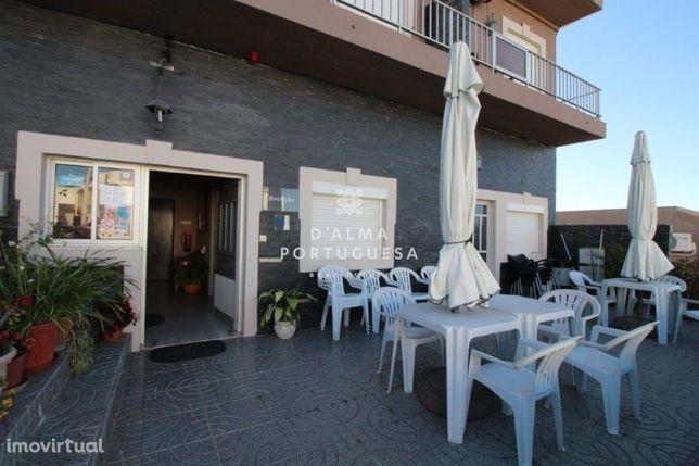 GuestHouse + Restaurante + 5 Moradias + 1 Ruina  para venda em Almanci