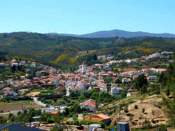 Moradia em Casegas (precisa de obras)