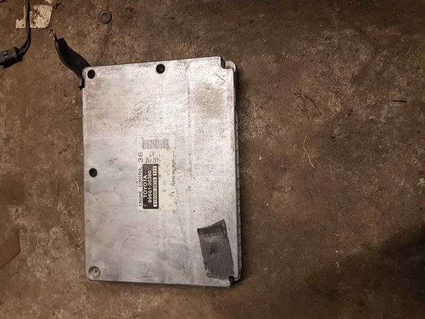 Komputer silnika toyota avensis t25 2.0 vvti