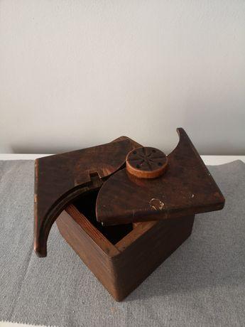 Pudełko na tytoń Drewno XIX wiek