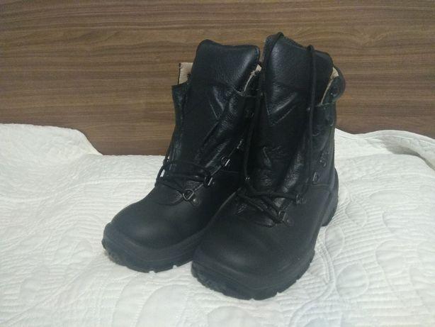 "Buty wojskowe ""Protektor Comando""   rozmiar 36"
