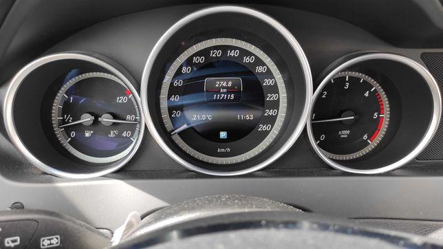 Mercedes C220 cdi, 2014 poucos kms.