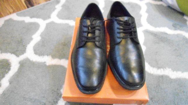 sprzedam buty eleganckie czarne