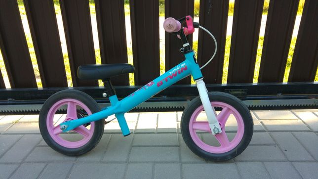 Rowerek biegowy B-Twin dla dziewczynki