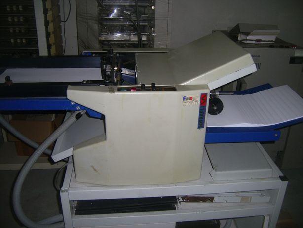 Máquina de dobrar