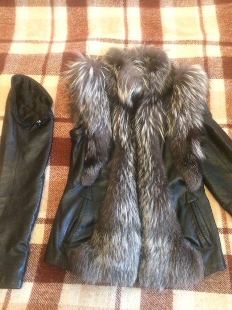 Утепленная натуральная кожаная куртка с отстегивающимися рукавами